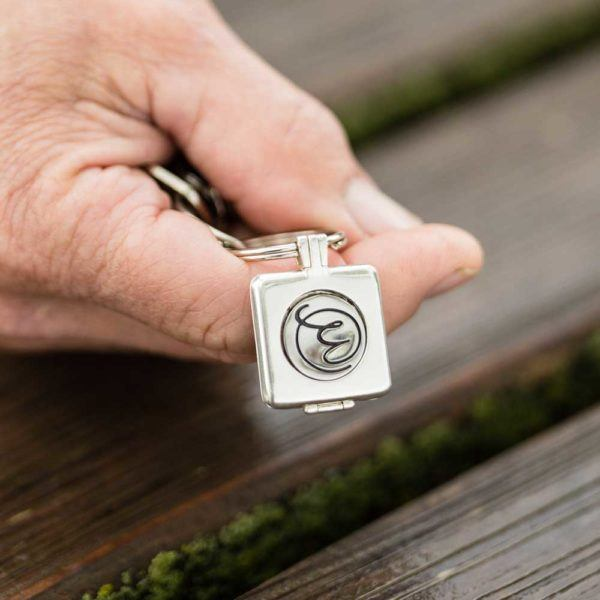 Memory Keeper Keychain With Token Sharing Solace